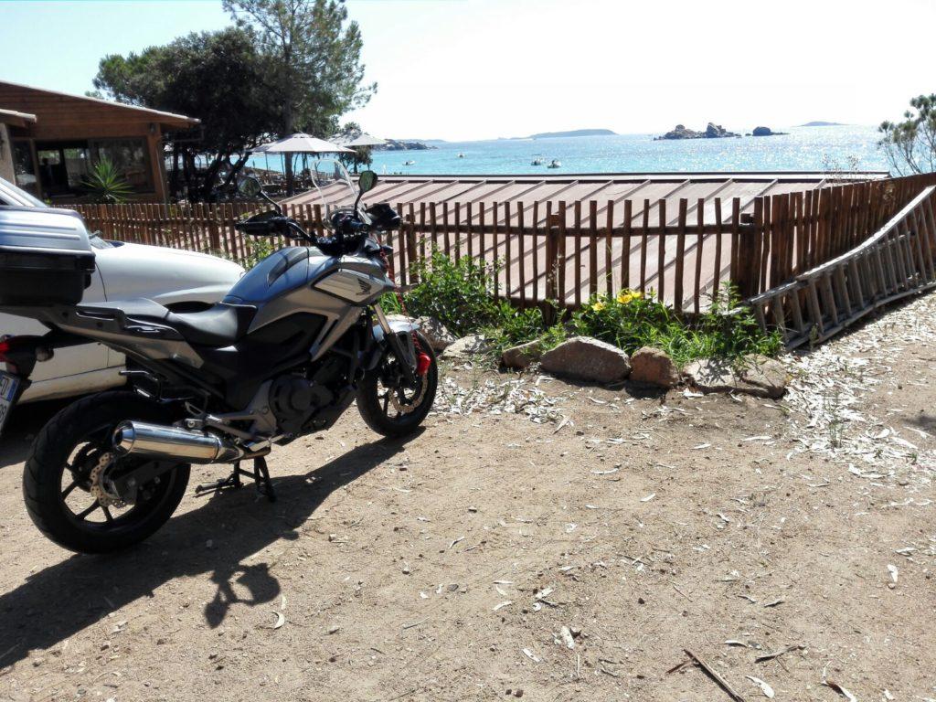 Palombaggia con la moto